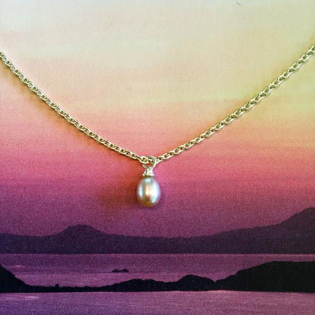 Kette Gold Perle Anhaenger